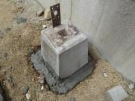 ウッドデッキ基礎石固定