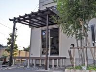 三協アルミ ナチュレ 独特の木調デザインの高級テラス