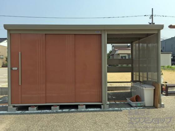 自転車 置き場 物置 まとめてすっきり!「物置+駐輪スペース」の便利な屋外収納とは?