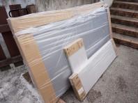 2)物置梱包の受け取り。畳ほどの大きさがありますのでお庭の保管場所を確保しておいてください。