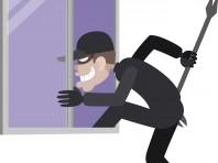 空き巣は半数以上が窓からの侵入によるもの。