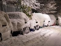 1.フロントガラス/車の雪対策にはカーポートが一番です。