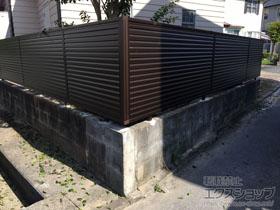 のフェンス・柵 ミエーネフェンス 目隠しルーバータイプ 自由柱施工 施工例